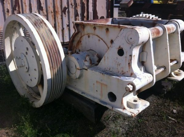 Single Toggle Rolls Crusher for sale