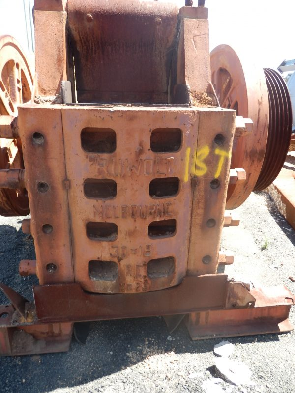 RUWOLT 30 X 18 JAW CRUSHER FOR SALE